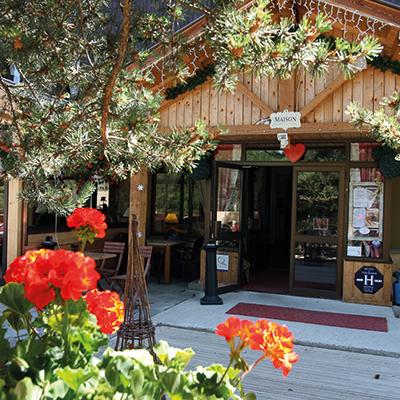 Commerces et services Montclar les 2 vallées Alpes de haute provence