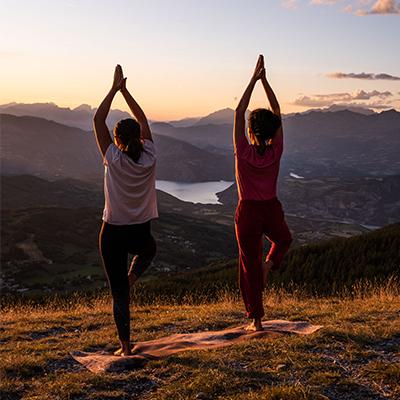 massages yoga montagne montclar, yoga à la montagne, se faire masser à montagne
