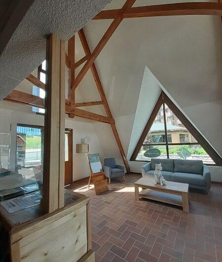 Office_de_tourisme_Montclar_espace_accueil