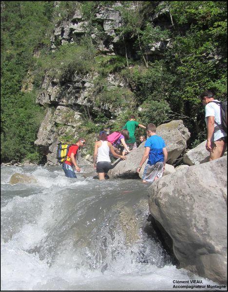 Randonnée aquatique accompagnée dans le Bès